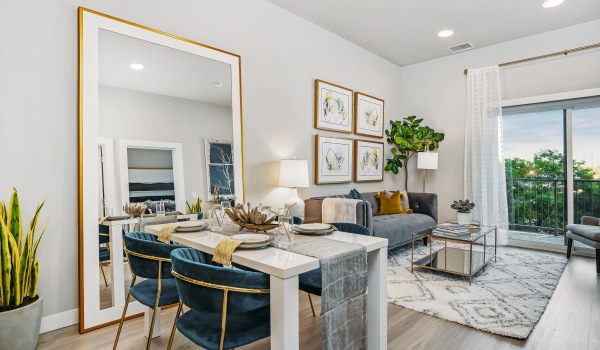 One month free on Studios / Two Bedrooms - Must move in by 10/31