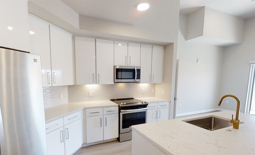F - Two Bedroom   Two Bath - 1135 sf